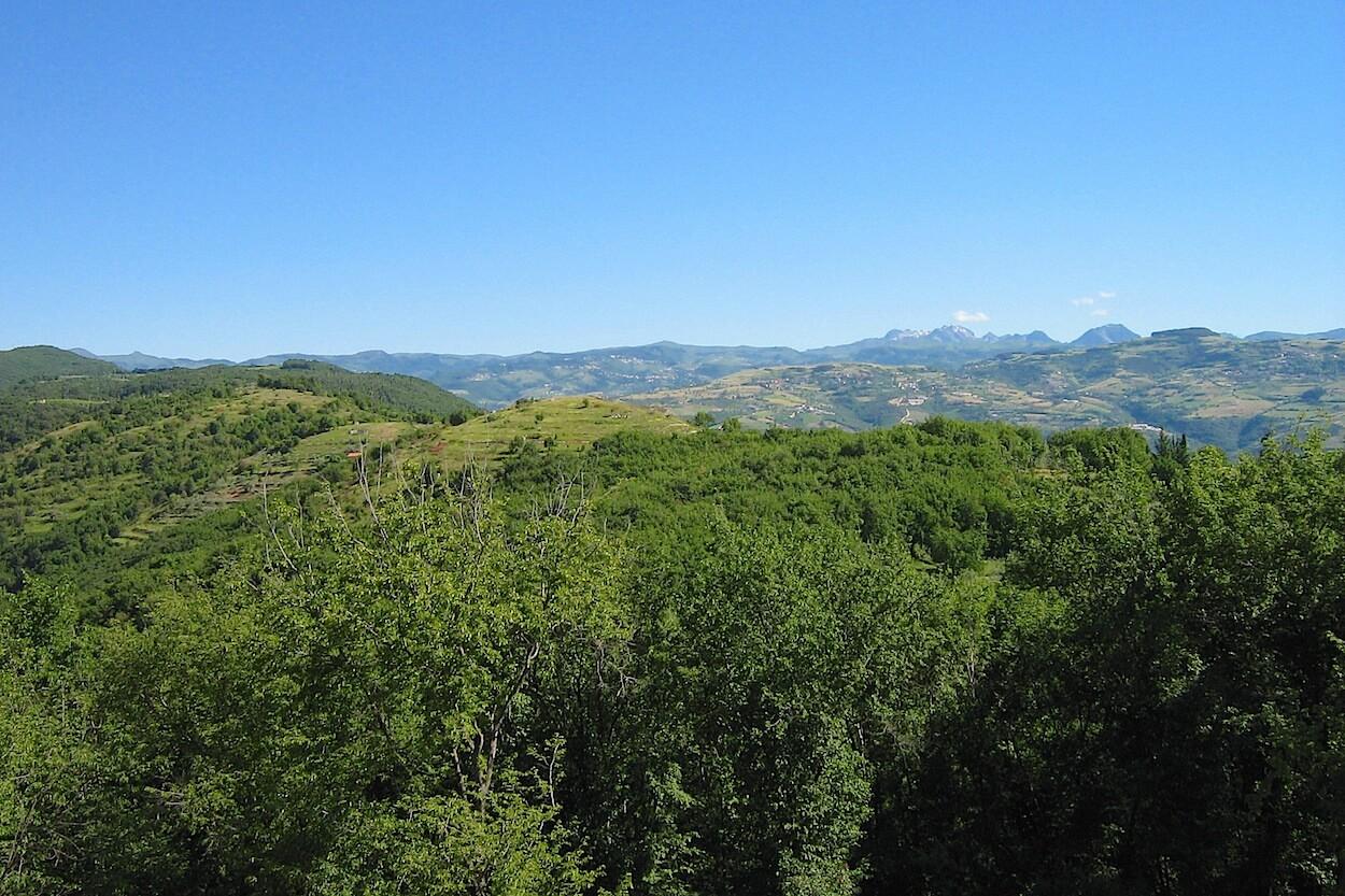 h_paesaggio-monte-carega